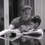 Ronaldo dạy con học