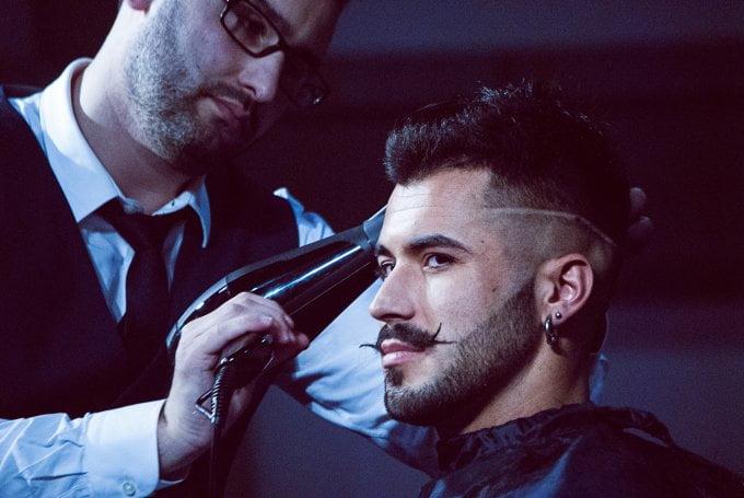 Cắt tỉa tóc giúp nam giới có mái tóc gọn gàng hơn