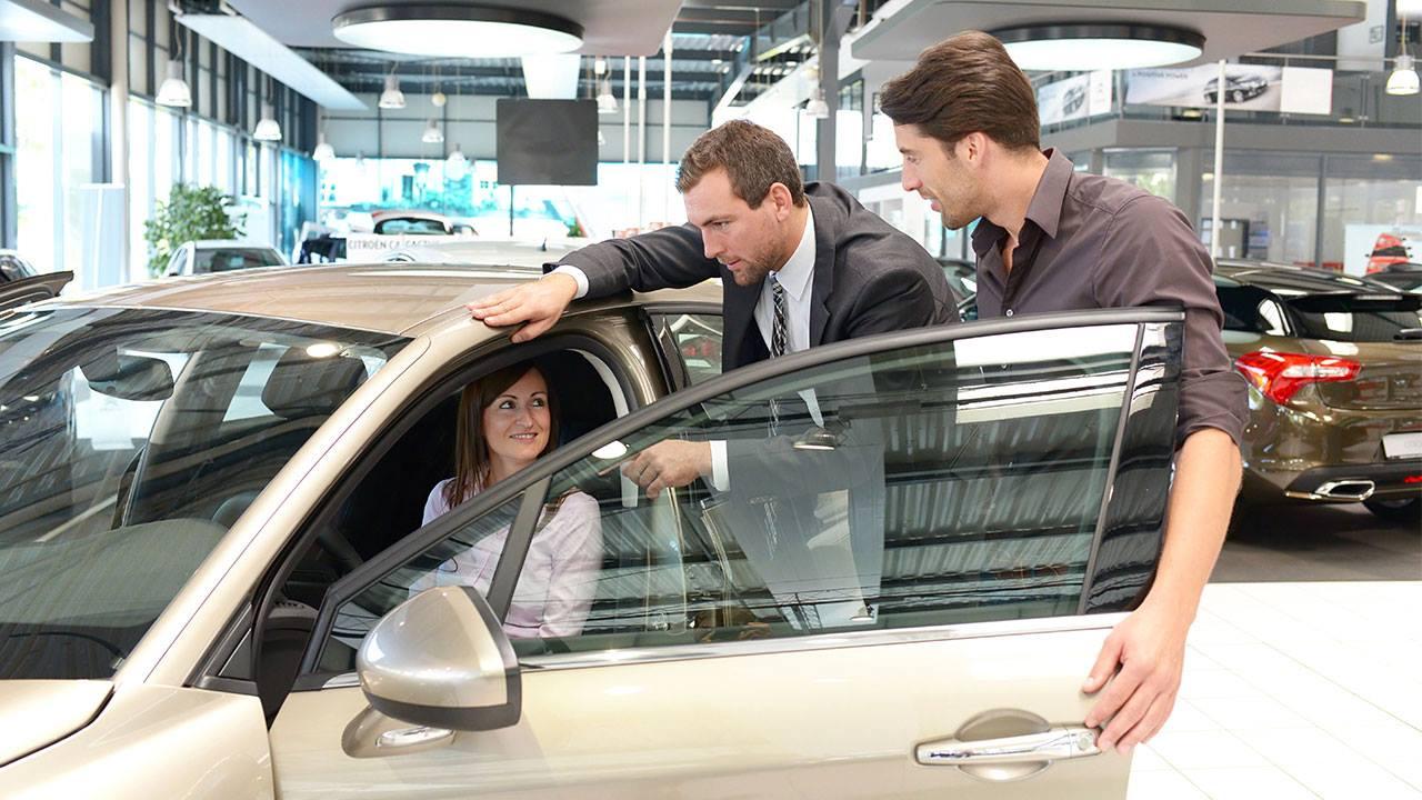 Tư vấn mua xe ô tô lần đầu