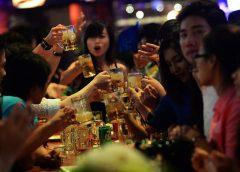 Văn hóa uống rượu bia của đàn ông