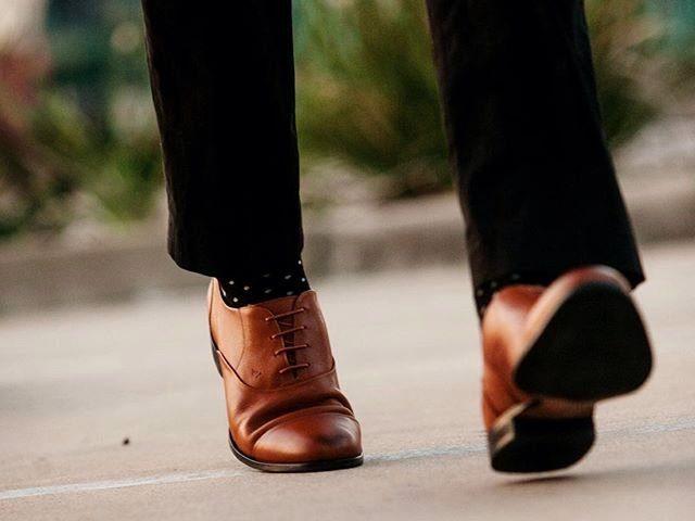 Bí quyết lựa chọn một đôi giày tây vừa vặn cho nam giới menback