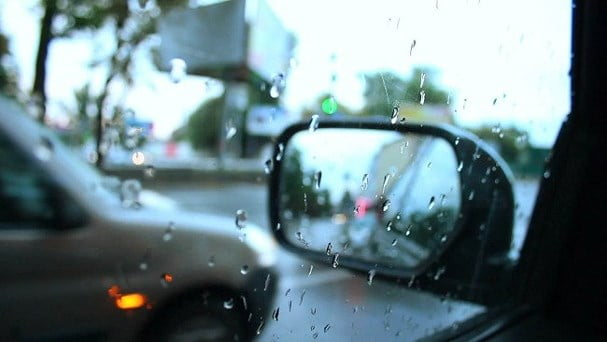 em yêu trời mưa