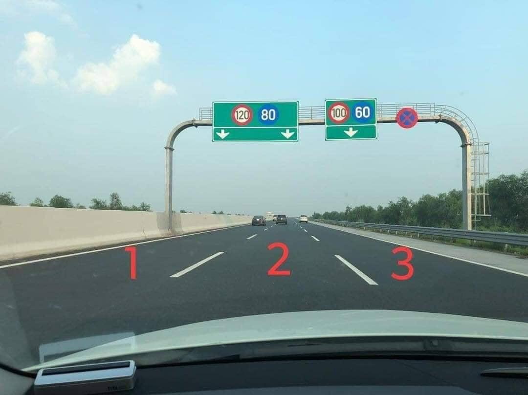 nên đi làn nào trên đường cao tốc