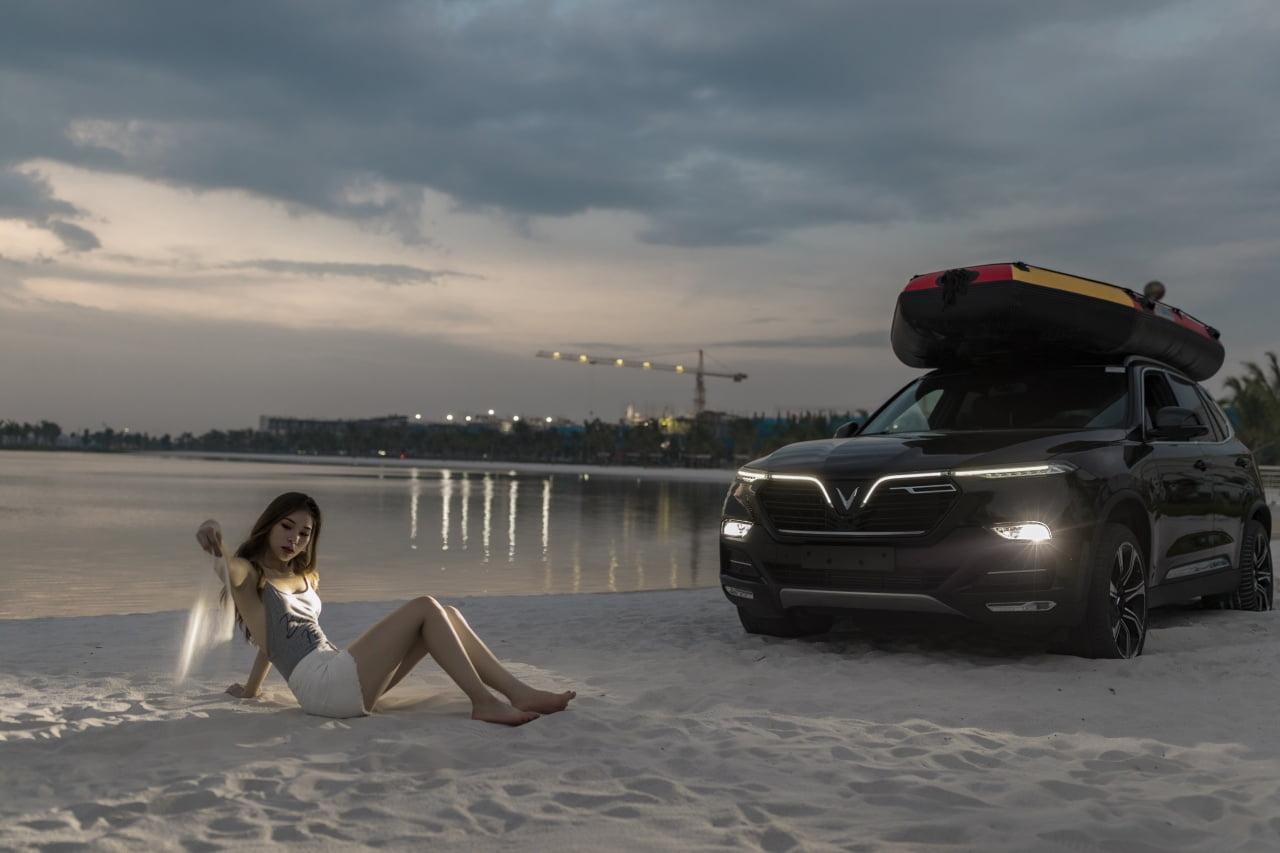 Bộ ảnh VinFast Lux SA 2.0 cùng người đẹp