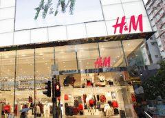 Các thương hiệu thời trang bất lực nhìn biểu tình leo thang ở Hong Kong