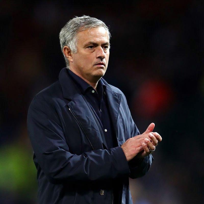 Chiến thuật bóng đá Vì sao Chelsea sụp đổ trước Manchester United