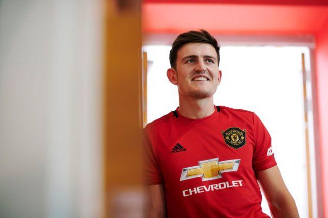 Man United vừa ra mắt hợp đồng kỷ lục với Harry Maguire