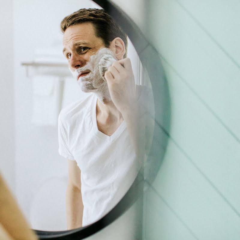 các nguyên tắc chăm sóc da mụn cho nam