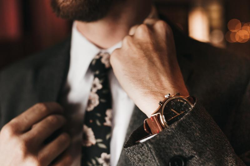đồng hồ cho quý ông tuổi trung niên 2