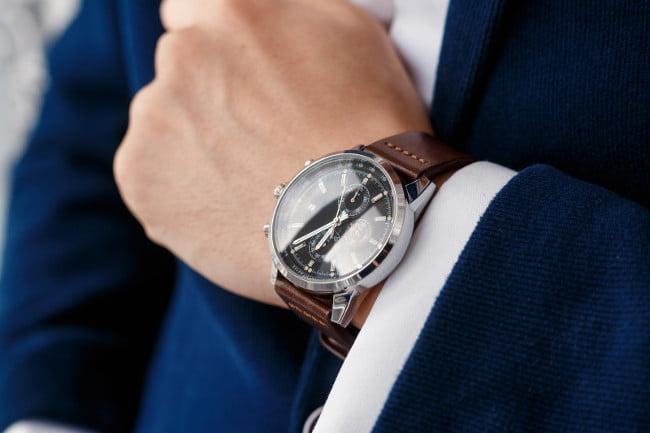đồng hồ cho quý ông tuổi trung niên