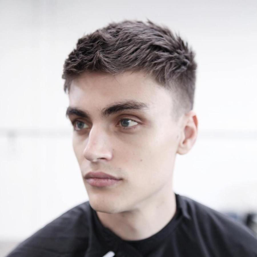 2020 Kiểu tóc undercut đơn giản tự nhiên cho nam