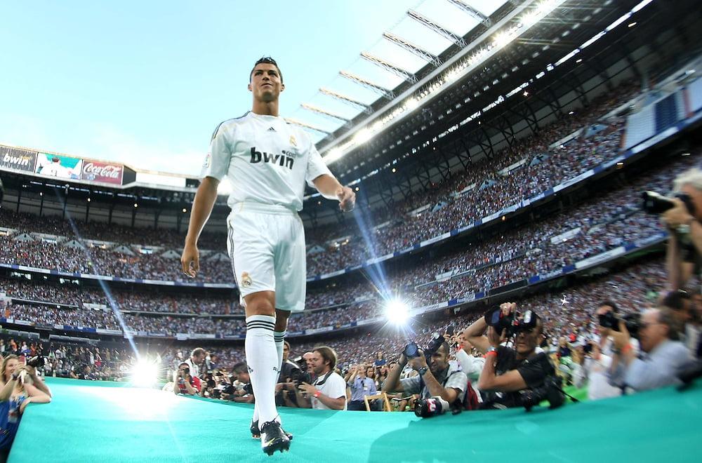 Cristiano Ronaldo mang khái niệm Galacticos trở lại