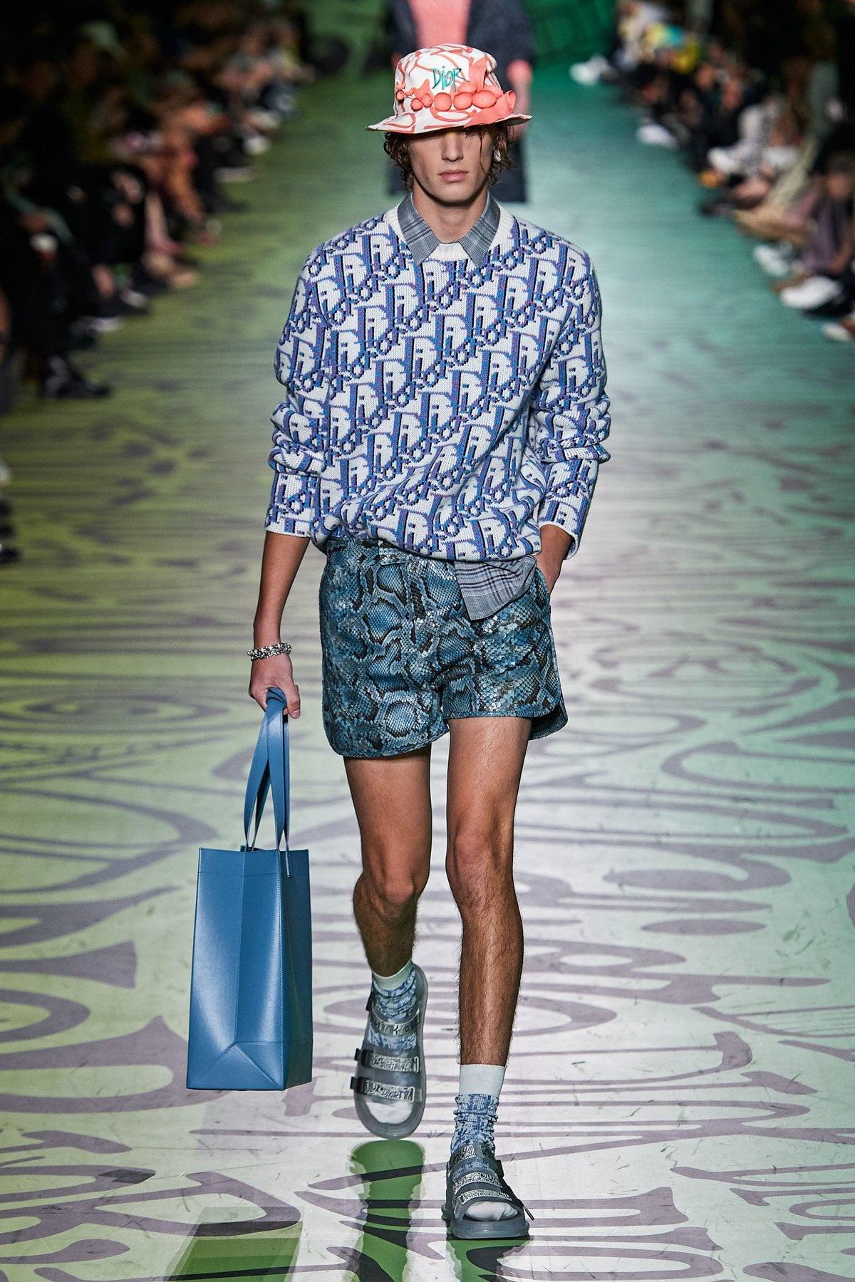 Dior muốn đánh gục cả thế giới với dòng thời trang nam đầy nhục cảm 4