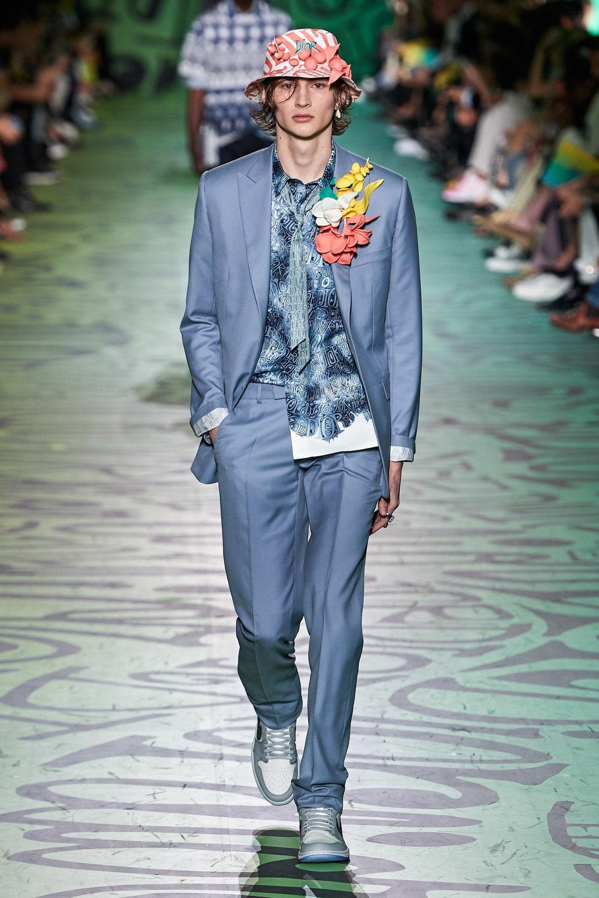 Dior muốn đánh gục cả thế giới với dòng thời trang nam đầy nhục cảm 8