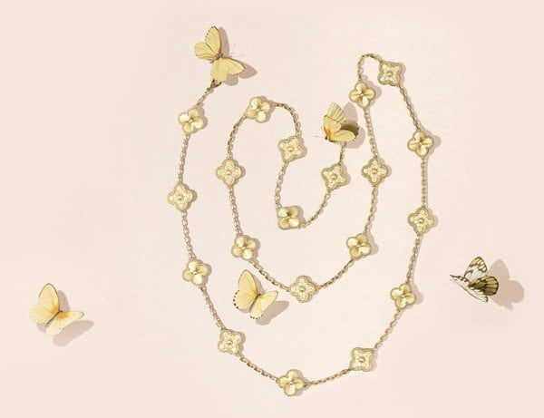 Vòng cổ Alhambra của Van Cleef & Arpels