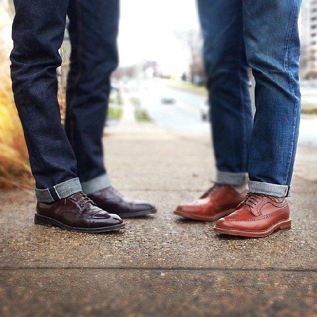 Cách phối giày với quần jeans nam chuẩn phong cách