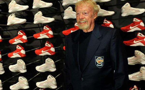 Phil Knight, sáng lập hãng giày và thời trang Nike