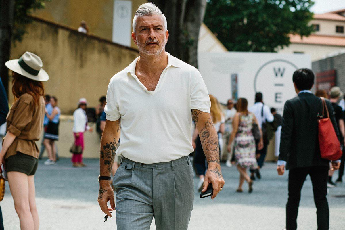 Cách chọn áo thun cho nam giới trung niên