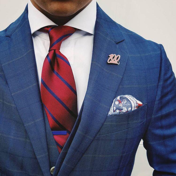 """Tie bar - thanh cài cà vạt: phụ kiện của quý ông """"già nua"""" ?"""