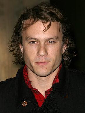 menback Heathcliff Andrew Ledger bach duong