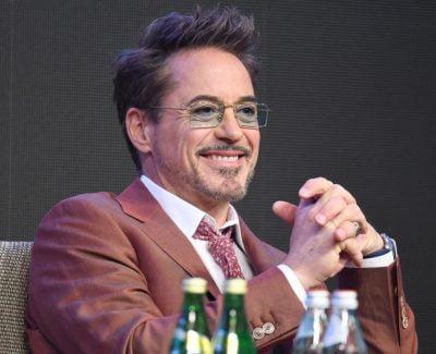 menback bach duong Robert Downey, Jr