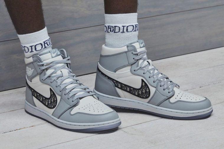 Air Jordan 1 High OG Dior Sneaker