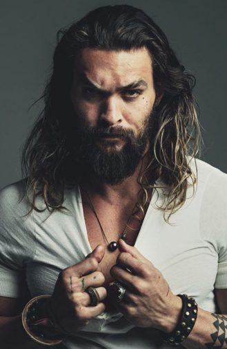 Mái tóc dài xoăn tử nhiên của Jason Momoa