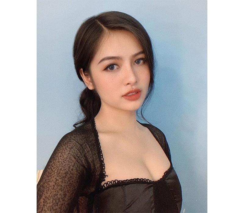 Hot girl Trang Hồ Vĩnh Như