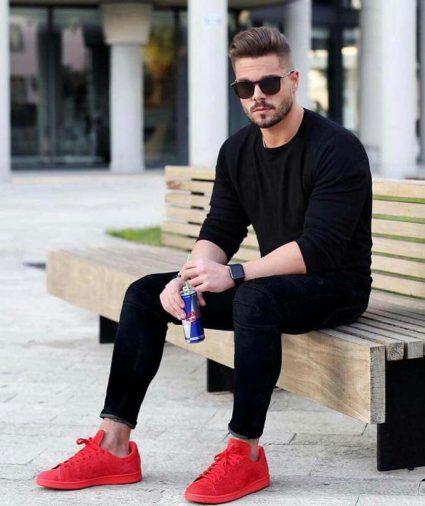 Giày thể thao nam màu đỏ