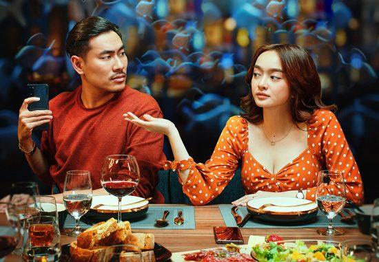 Review phim Tiệc Trăng Máu
