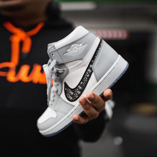 xu huong sneaker 2021