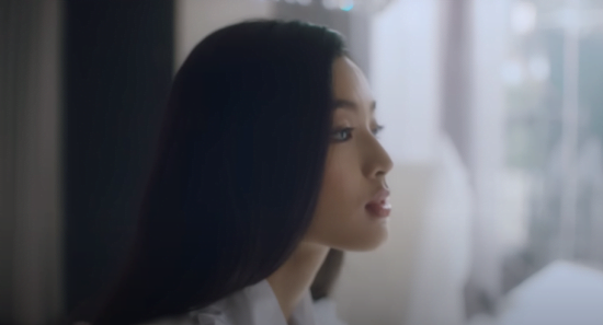 """Phạm Nguyễn Lan Thy - nữ diễn viên MV """"Tháng Năm"""" của Soobin là ai?"""