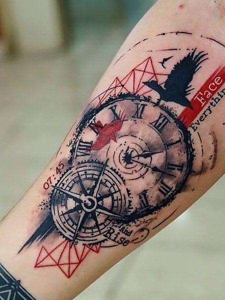Hình xăm đồng hồ và la bàn
