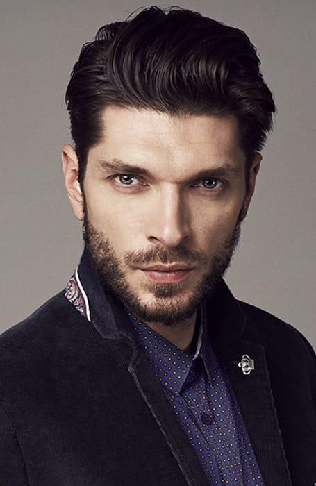 Kiểu râu ngắn đẹp Short Boxed Beard