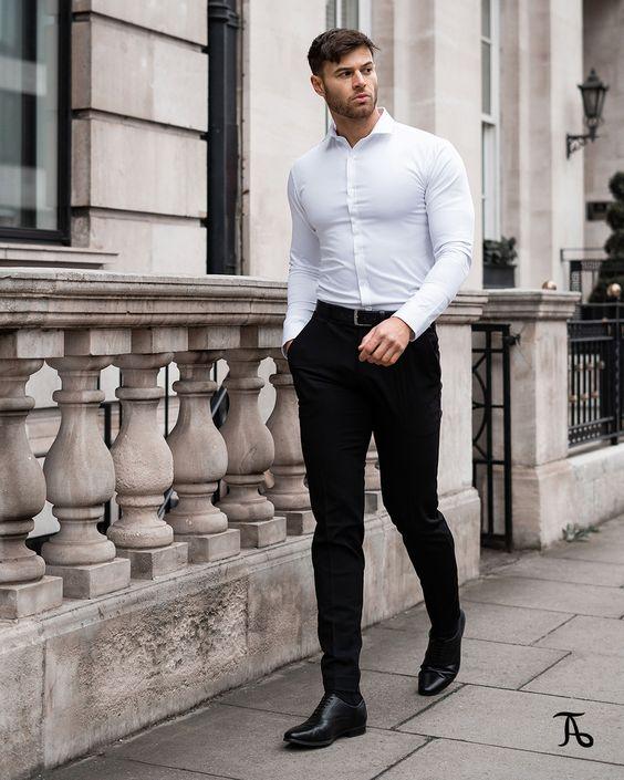 Áo sơ mi trắng + quần tây đen + giày oxford
