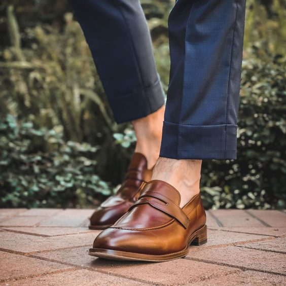 cách phối đồ với giày loafer
